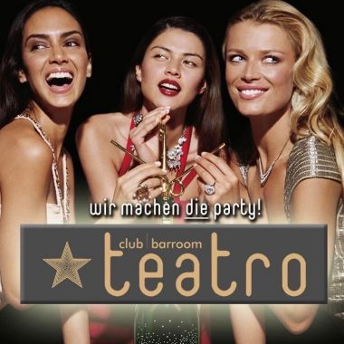 Get your Glam on @teatro